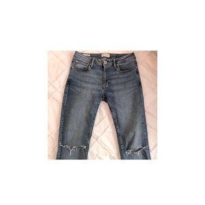 MEN🖤Jack & Jones - Skinny Fit/Liam Ripped Jeans